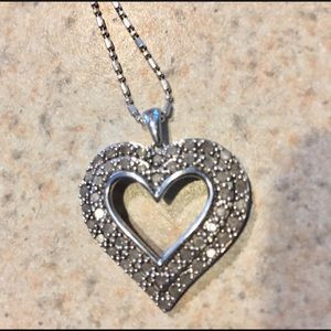 Gorgeous sterling silver with diamonds, necklace!